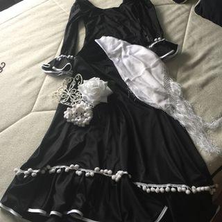Falda y maillot de flamenco con accesorios