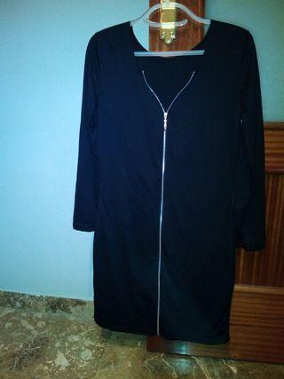 Vestido con cremallera talla S