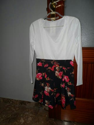 Vestido de flores talla S