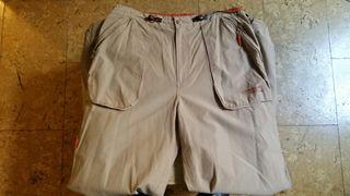 Reebock. Pantalones de tela.