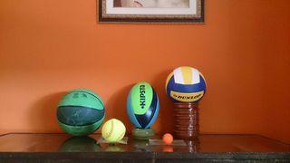 Juego de balones y pelotas