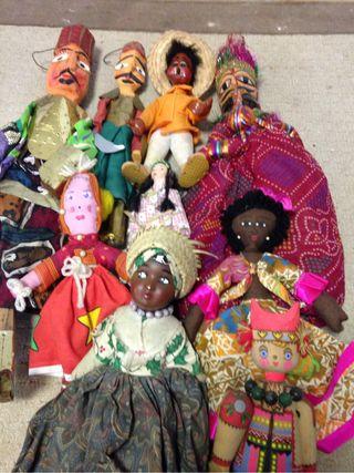 Muñecos Del Mundo