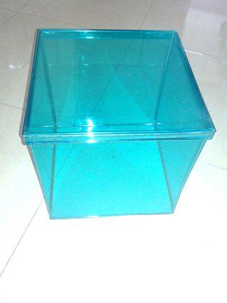 Caja decorativa muy bonita azul