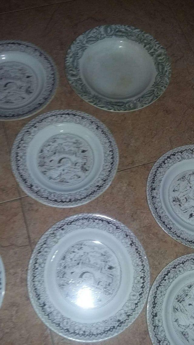 vendo platos de porcelana