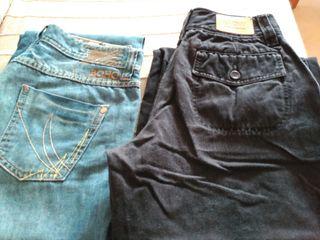 Dos pares de pantalones