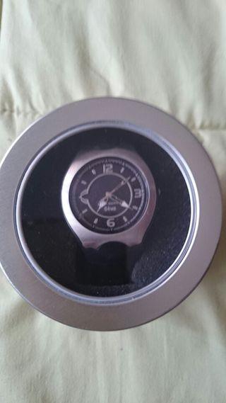 Reloj con memoria
