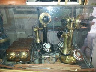 Teléfonos de principios del siglo pasado