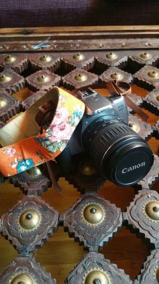 Cámara Vintage Canon Reflex + Trípode