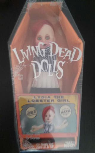 Living Dead Dolls Lydia the lobster girl