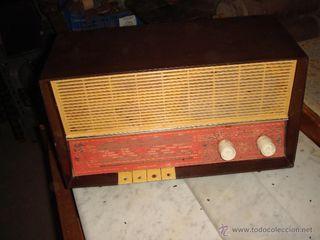 Antigua radio marca philips