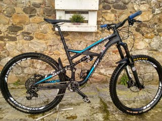 Specialized Enduro Élite 650b 2015 1700€.