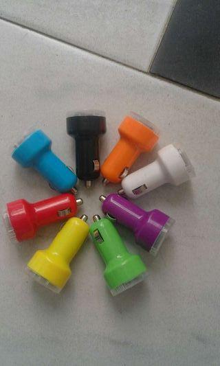 Cargador USB doble para coche