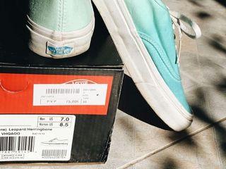 Vans azules y verdes talla 38 y medio