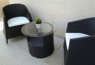 Set 2 sillones y 1 mesa de centro