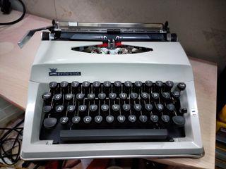 Maquina escribir Contessa