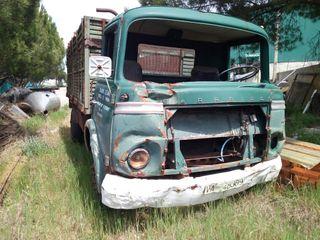 Camión Saeta 70 para restaurar