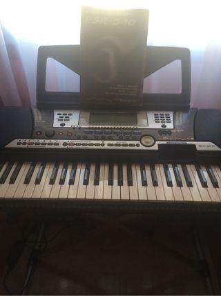 Yamaha PSR 540