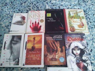 8 libros juveniles variados