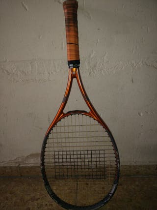 Raqueta de tenis inesis con grip babolat
