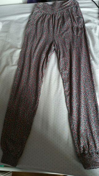 Pantalon baggy de flores talla S
