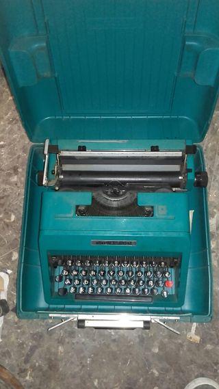 Maquina escrivir antigua olivetti