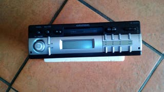 Radio cassette Grunndic para coche