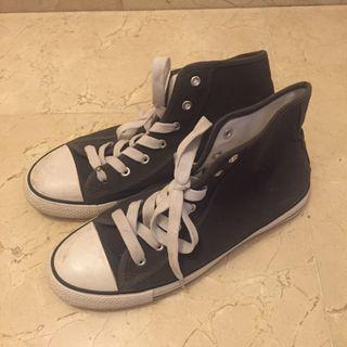 Zapatillas (tipo Converse)