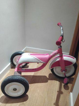 Triciclo Trek