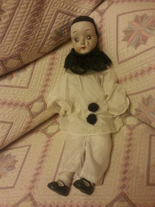 Muñeco porcelana