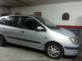 Renault megane scenic diésel 99 o 2000