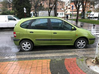 Coche Renault scenic