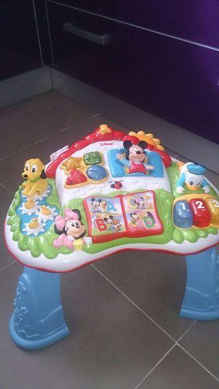 Mesa actividades infantil Disney