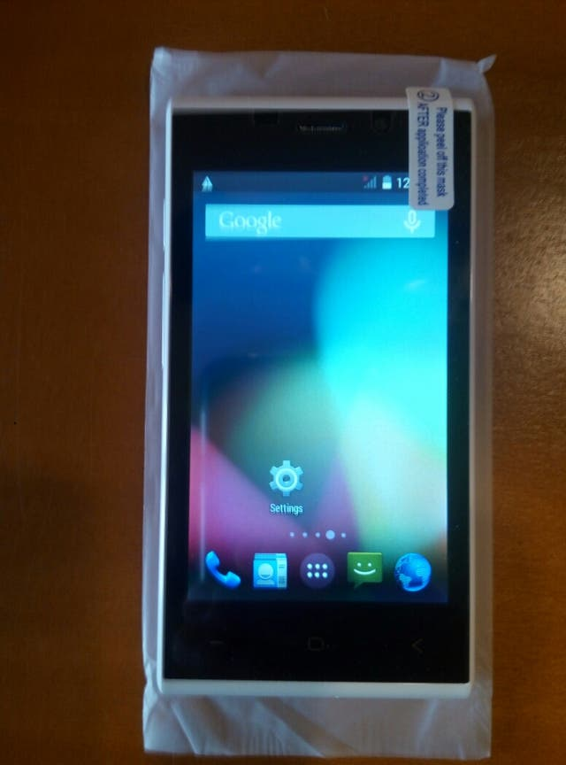 "Smartphone Android 4.4.2 pantalla 4"" Dual Core"