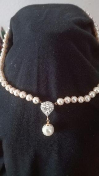 Gargantilla perlas nuevo
