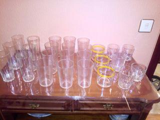 Lote 4 - vasos de agua y de whisky