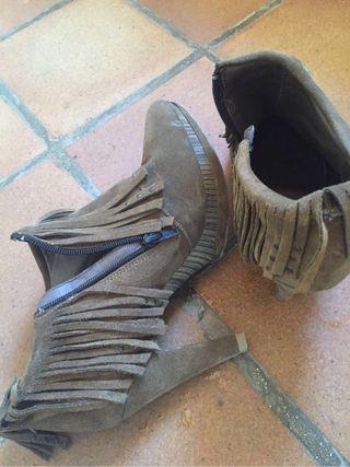 Zapatos de tacón flecos Fluxá