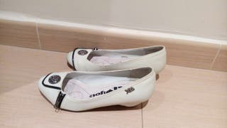 Zapatos blancos talla 36