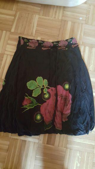 Falda de Desigual