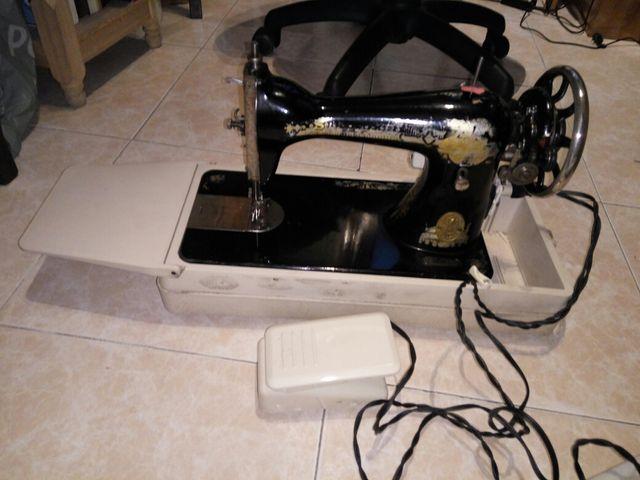 Maquina coser singer 1920 portatil electrica de segunda