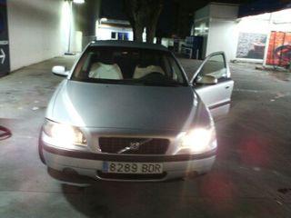 Volvo s 60 2,4 Turbo gasolina .