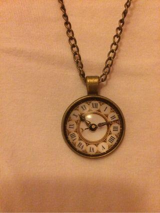 Nuevo!!collar de reloj