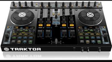 Mesa de mezclas Traktor kontrol s4 mk1
