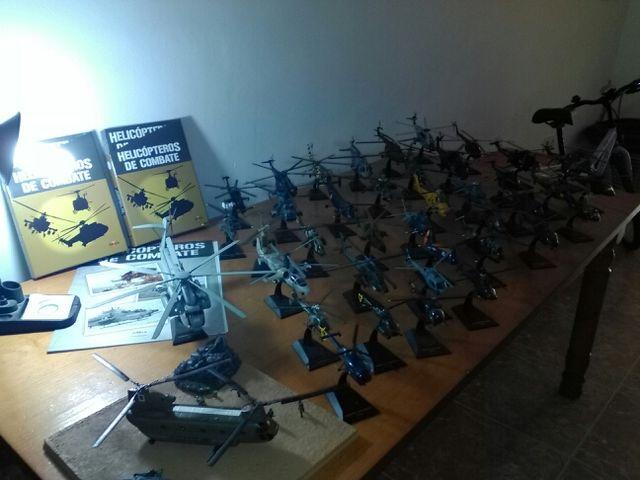 Coleccion maquetas de helicópteros de combate De acero con buenos detalles ahora mismo ahi 45 helicopteros cada uno con su fasciculo