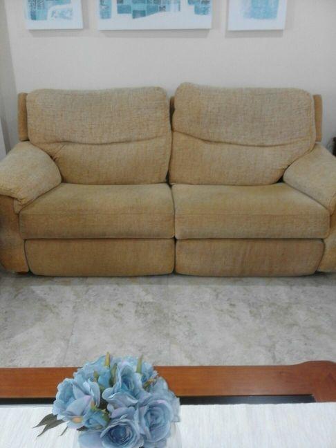 1 sofá de3 plazas de relax más 2 sillones de relax