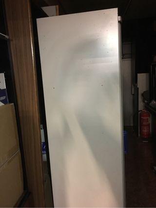 Armarios metálicos puerta corredera para oficina