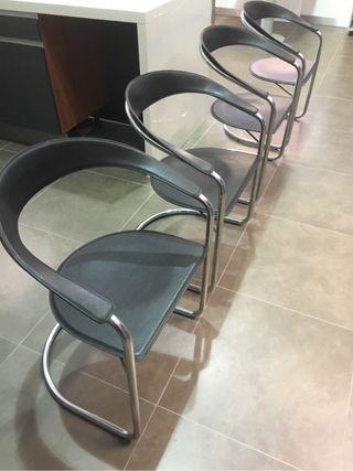 4 sillas multiespacio ,