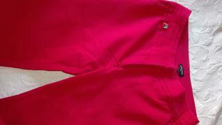 Pantalon rojo talla 42 Cortefiel