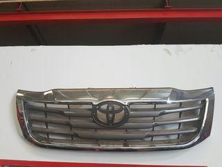 Parrilla Toyota Hylux 2012