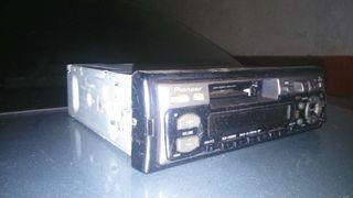 Radio cassette para coche pionner
