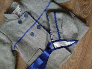 Ropa de niña, abrigo con capota de mimos moda infaltil